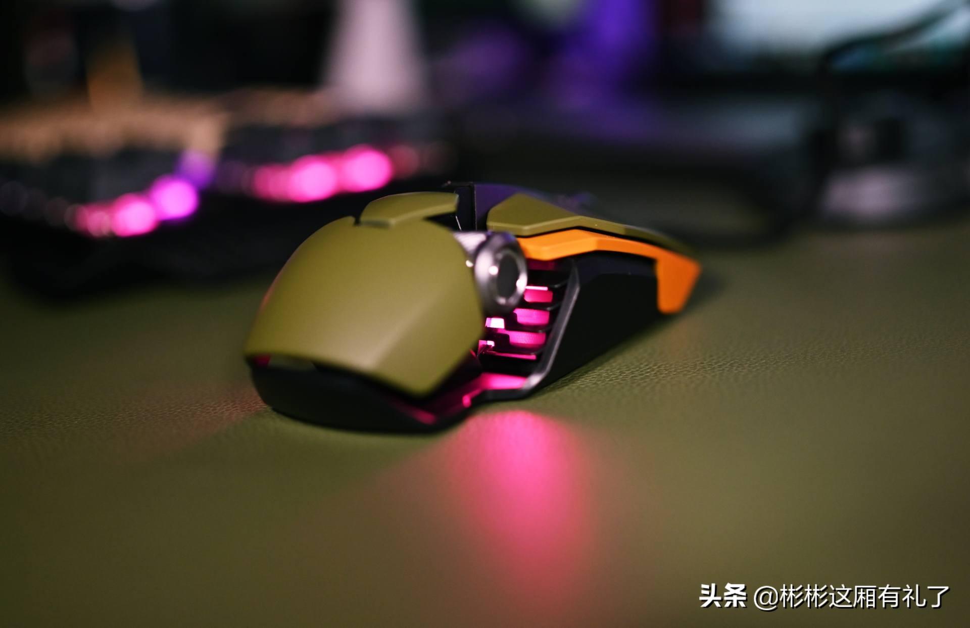 贱驴850r鼠标和619RS游戏键盘体验 三四百值得!