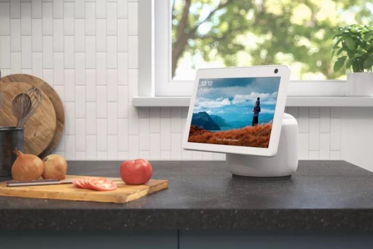 亚马逊正开发一种轻薄的Echo设备 能够控制智能家居设备