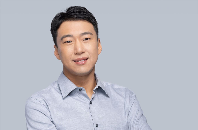 侯阳博士接替柯睿杰担任微软大中华区董事长