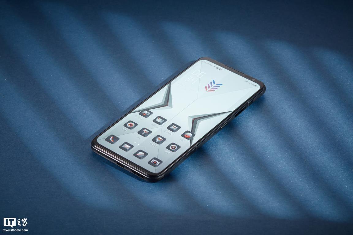 腾讯红魔游戏手机6评测:165Hz高刷新率+骁龙888出色性能