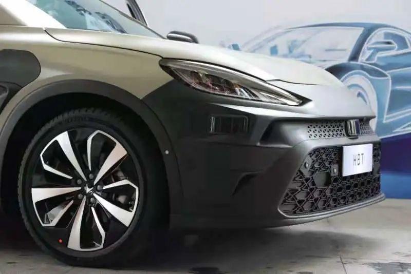 小鹏汽车拟推出全球首款搭载小鹏定制版激光雷达的电动车型
