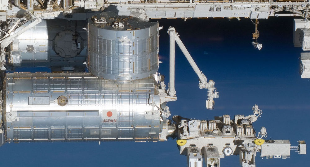 JAXA消息:国际空间站操控机械臂释放8颗卫星