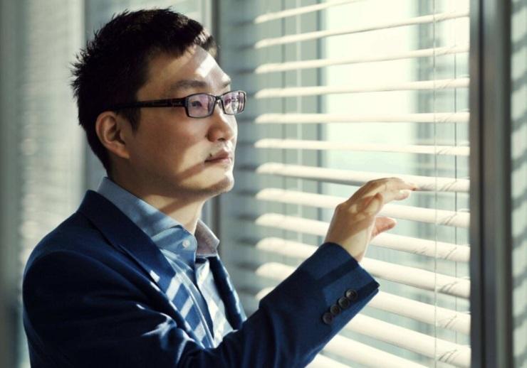 黄峥辞任拼多多董事长搞生命科学 互联网大佬们为何都偏爱生物学