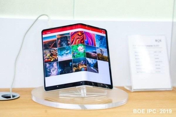 首次!京东方将为三星电子智能手机提供OLED面板