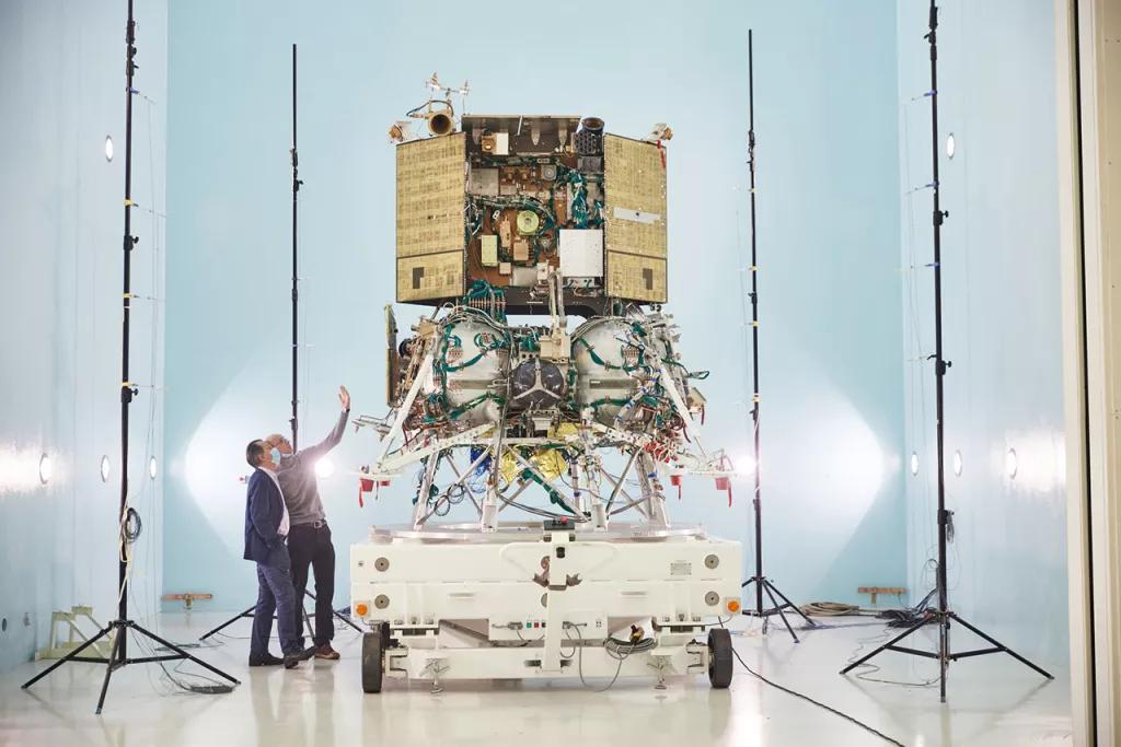 """俄罗斯拟于今年10月启动""""月球—25""""任务重返月球"""