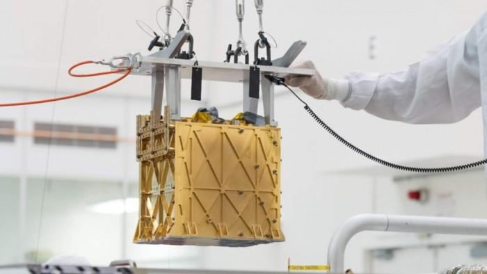 """""""毅力号""""漫游车成功地将部分火星大气转化为氧气"""