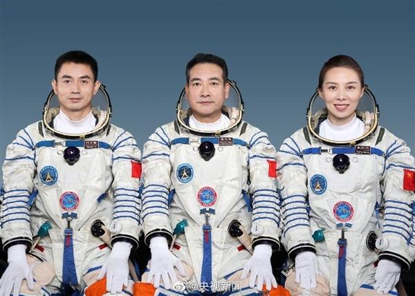 中国神舟十三号任务将实现多个首次 翟志刚担任指令长